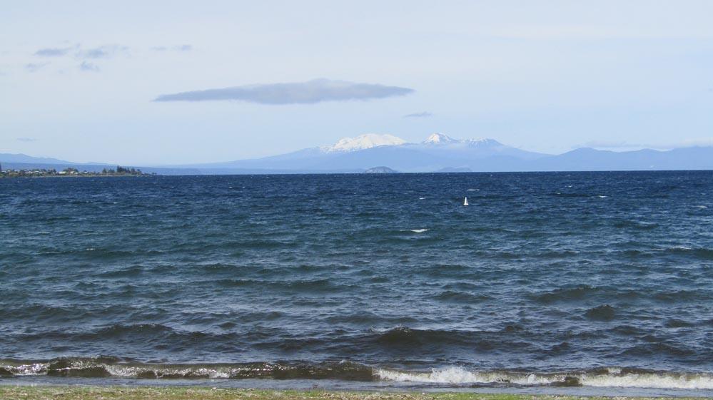 taupo 3 volcanoes
